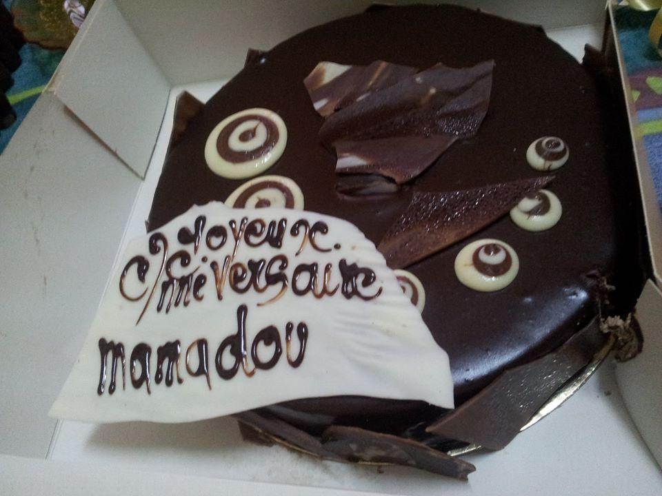 Gâteau d'anniversaire offert par une amie